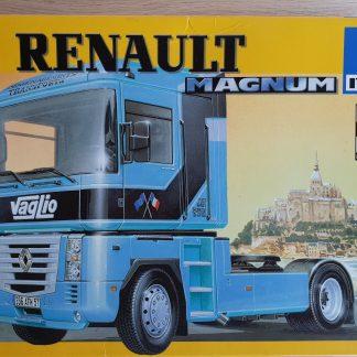 Italeri 3816 Renault Magnum